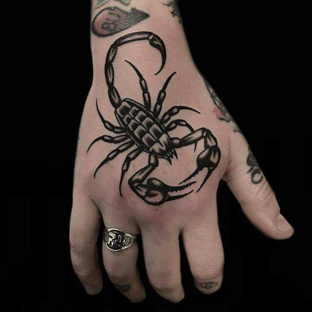 tatuagem de escorpião